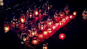 """Lampade - Marrakes: """"Nella luce giusta, al momento giusto, tutto è straordinario"""" (Aaron Rose)"""