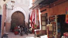 """Angoli incantati di Marrakech: """"Di una città non apprezzi le sette o le settantasette meraviglie, ma la risposta che dà ad ogni tua domanda"""" (Italo Calvino)."""